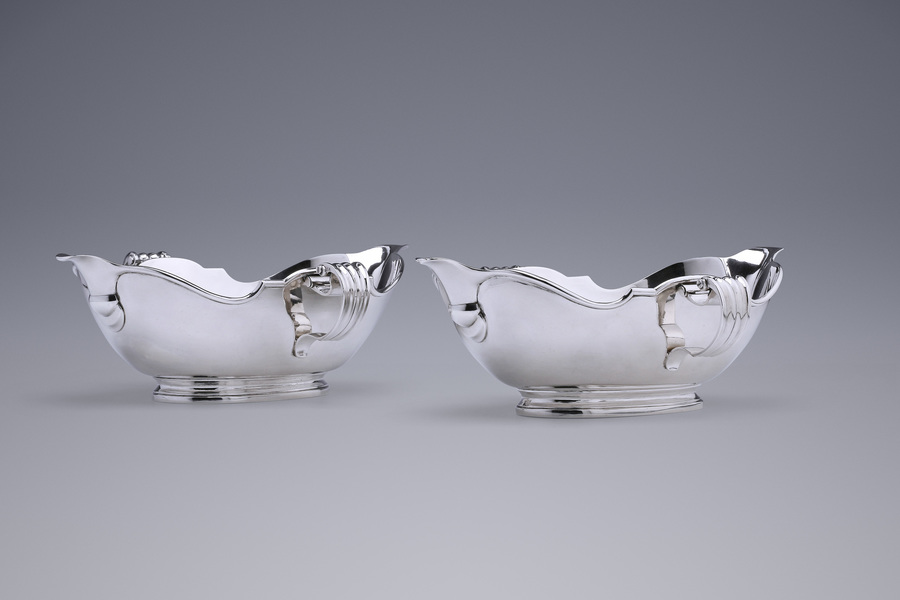 Silver - A Pair of Arnhem Sauce Boats Daniel Courou