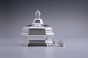 Silver - A Fine, Elegant Tobacco Jar and its miniature version Bartholomeus van der Toorn