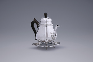 Silver - Wageningen Teapot on stand Willem Boekelman