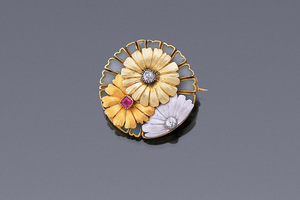 Jewels - Daisy Brooch Maker's Mark GN