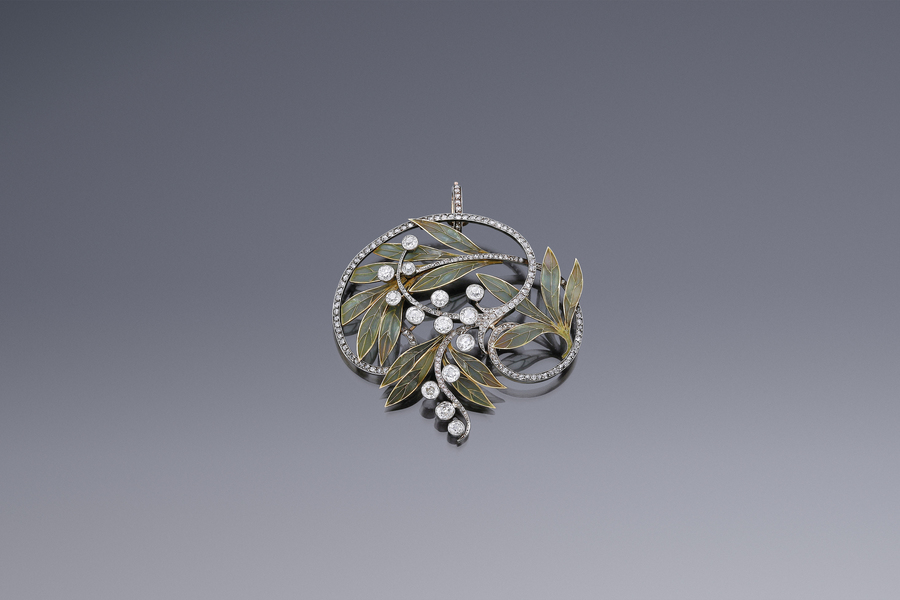 Jewels - An Art Nouveau Pendant Lucien Hirtz