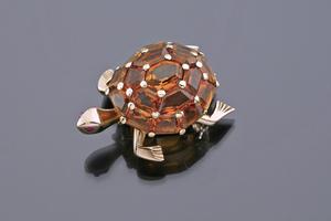 Jewels - A Hermès Turtle Brooch Hermès